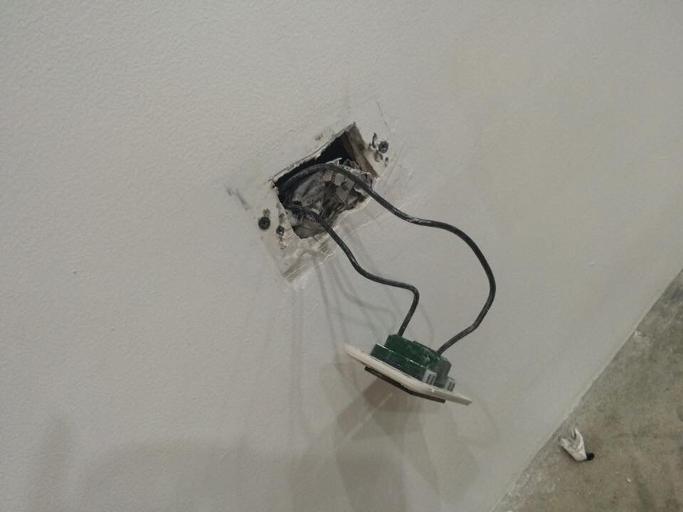 Electrical Outlets Were Lacking Of Proper Wall Housing Yelp