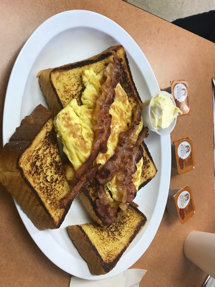 The Grill: 125 Windermere Ave, Greenwood Lake, NY