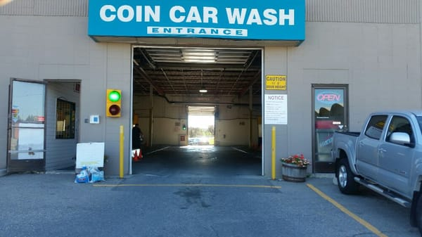 Crossroads carwash car wash 2333 18 avenue ne calgary ab photo of crossroads carwash calgary ab canada just located in behind the solutioingenieria Image collections