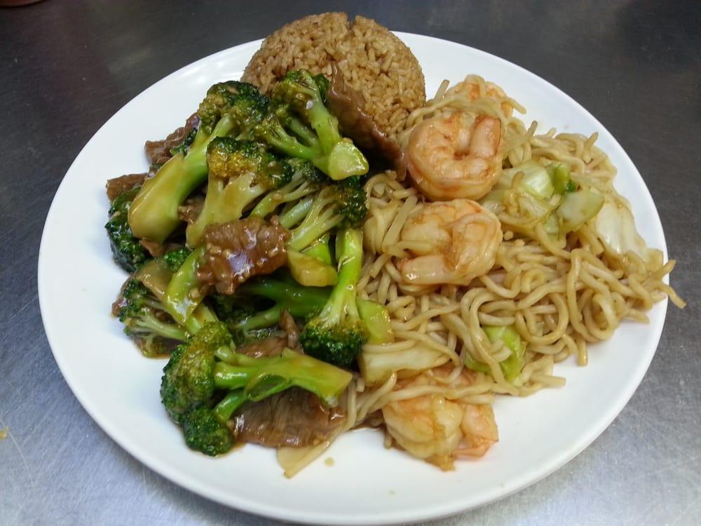 Kings Garden Restaurant 27 Photos Chinese Restaurants 412 Main St Watsonville Ca