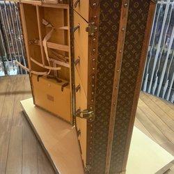 ce3913b33f69c Louis Vuitton - Accessories - ul. Bracka 9, Śródmieście, Warsaw ...