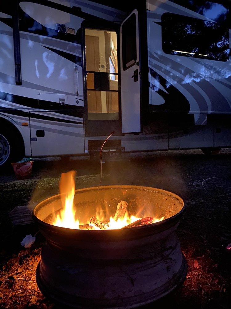 Hidden Oaks RV & Campsites: 165 SE County Rd 355, Mayo, FL