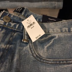 ebe5561c Gap - 20 Photos & 42 Reviews - Women's Clothing - 3277 Lakeshore Ave ...