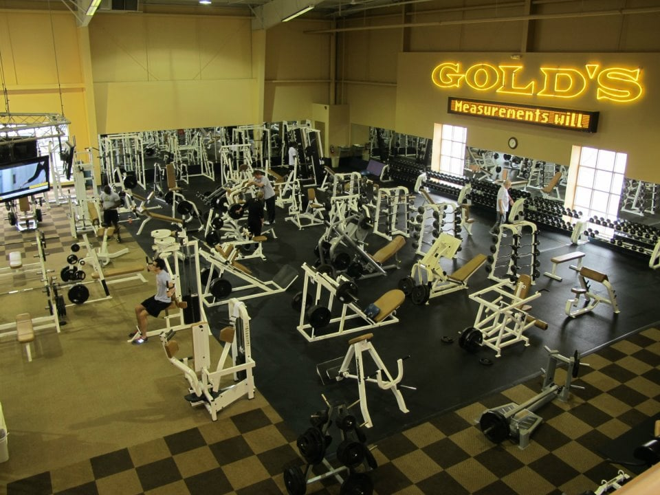 Gold's Gym - 20 Photos & 13 Reviews - Gyms - 11 Currency ...