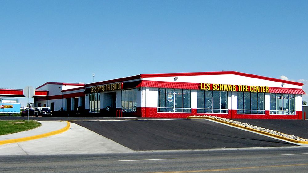 Les Schwab Tire Center: 1848 S Lincoln Ave, Jerome, ID