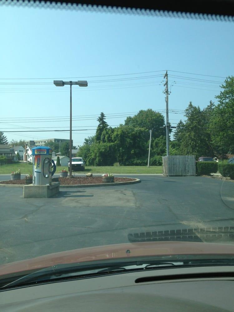 Mr Goofy's Car Wash: 127 Main St, Belleville, MI
