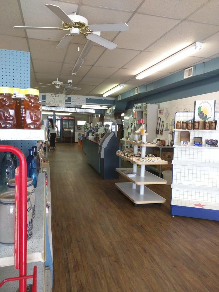 Lattemann's Deli & Corner Store: 2716 Community Dr, Bath, PA