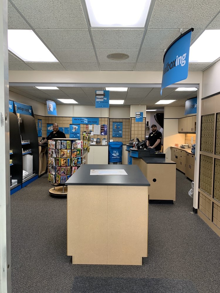 The UPS Store: 117 S Cook St, Barrington, IL