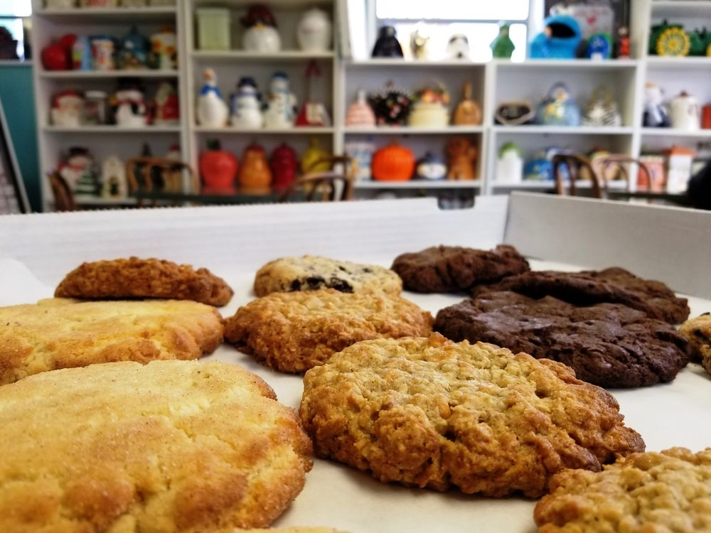 The Cookie Jar: 130 East Crt St, Bowling Green, OH