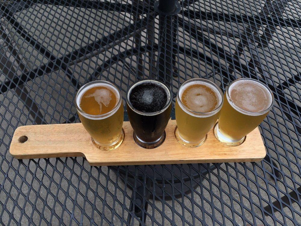 Bent River Brewing Company: 512 24th St, Rock Island, IL