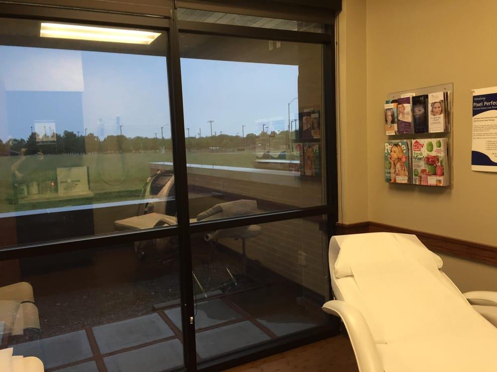 Grand Lake Primary Care: 1110 Neo Lp, Grove, OK
