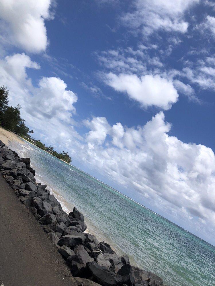 Kalaeōio Beach Park: 51-237 Kamehameha Hwy, Kaaawa, HI