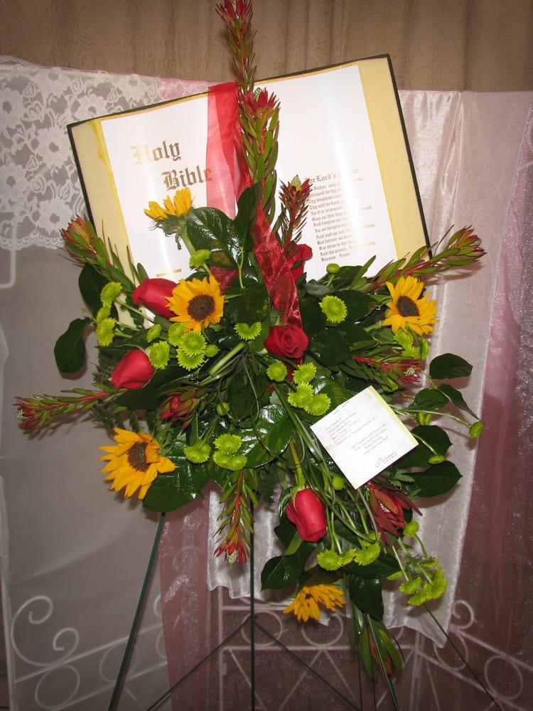 Billieanne's Flowers & Gifts: 814 Main St, Baker, LA