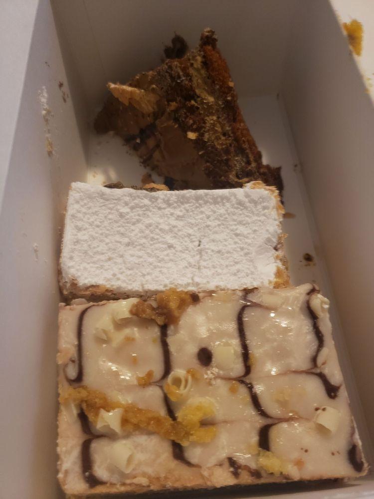 Sugar Diva Bakery & Cafe: 7611 Preston Hwy, Louisville, KY