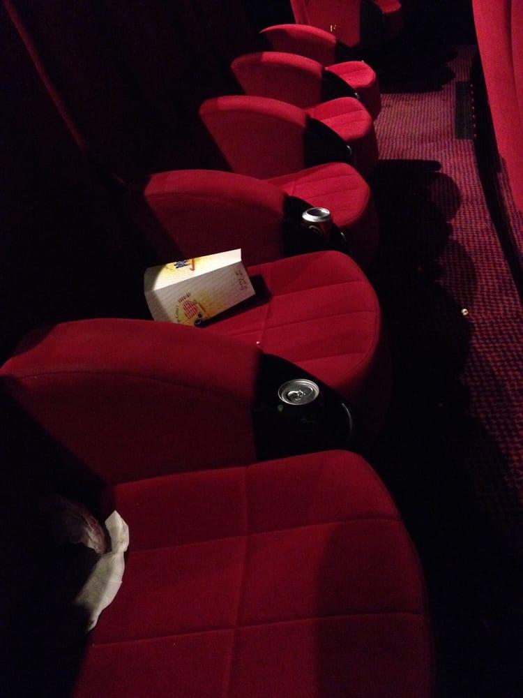 Le prado 25 foto 39 s 99 reviews cinema 36 ave du - Cinema du prado marseille ...