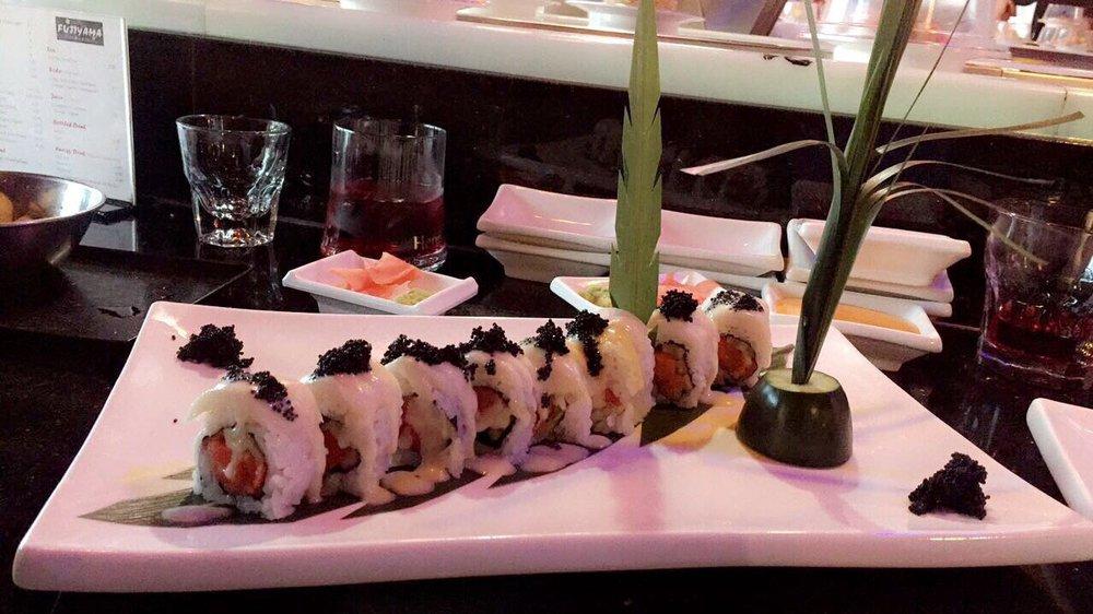 Fujiyama Sushi Bar & Grill: 4124 SE 82nd Ave, Portland, OR