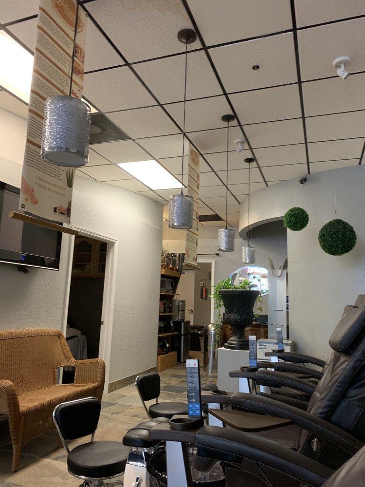 Debonair Nails & Spa: 6700 Conroy Windermere Rd, Orlando, FL