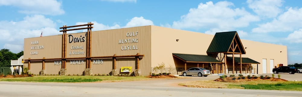 Davis Clothing and Outdoor: 4481 Viking Dr, Bossier City, LA