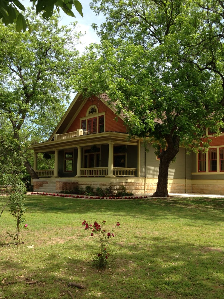 Able House Inn Bed And Breakfast