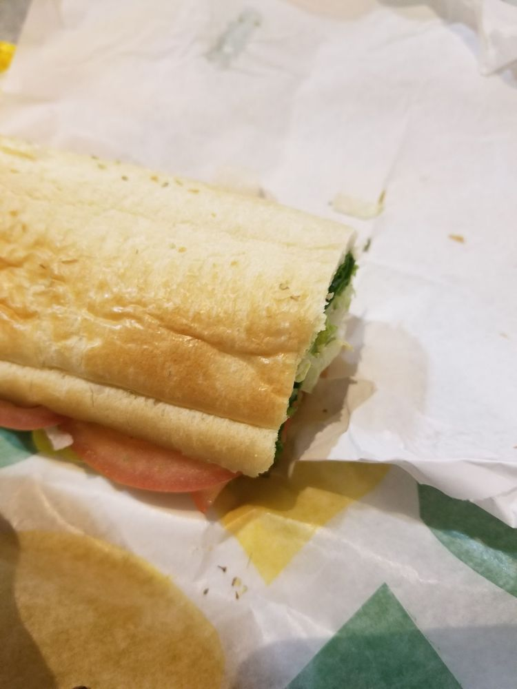 Subway: 3820 7th Ave SE, Aberdeen, SD