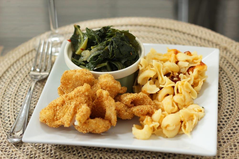 Celebrity Soul Food Buffet, Lake Forest - Restaurant ...