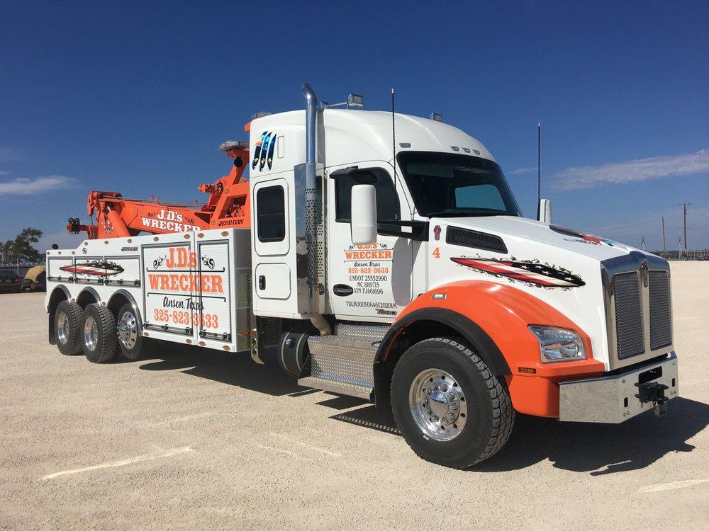 J D's Wrecker Service: 3200 County Rd 195, Anson, TX