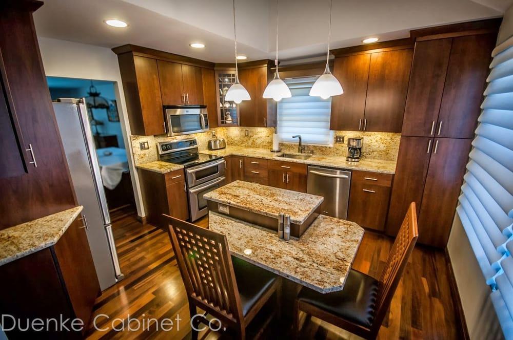 Duenke Cabinet Company: 14436 Manchester Rd, Ballwin, MO