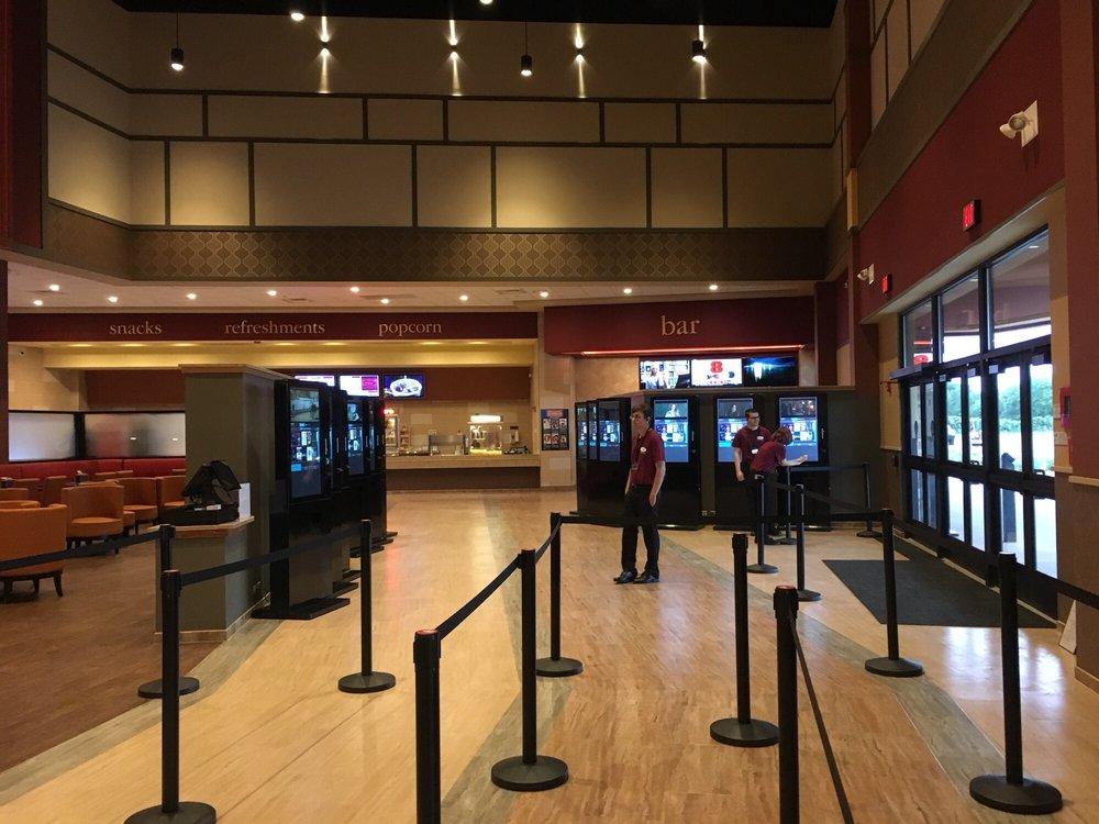 Epic Theatres - Mount Dora: 2300 Spring Harbor Blvd, Mount Dora, FL