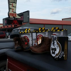 boot factory outlet 11 photos leather goods 4135