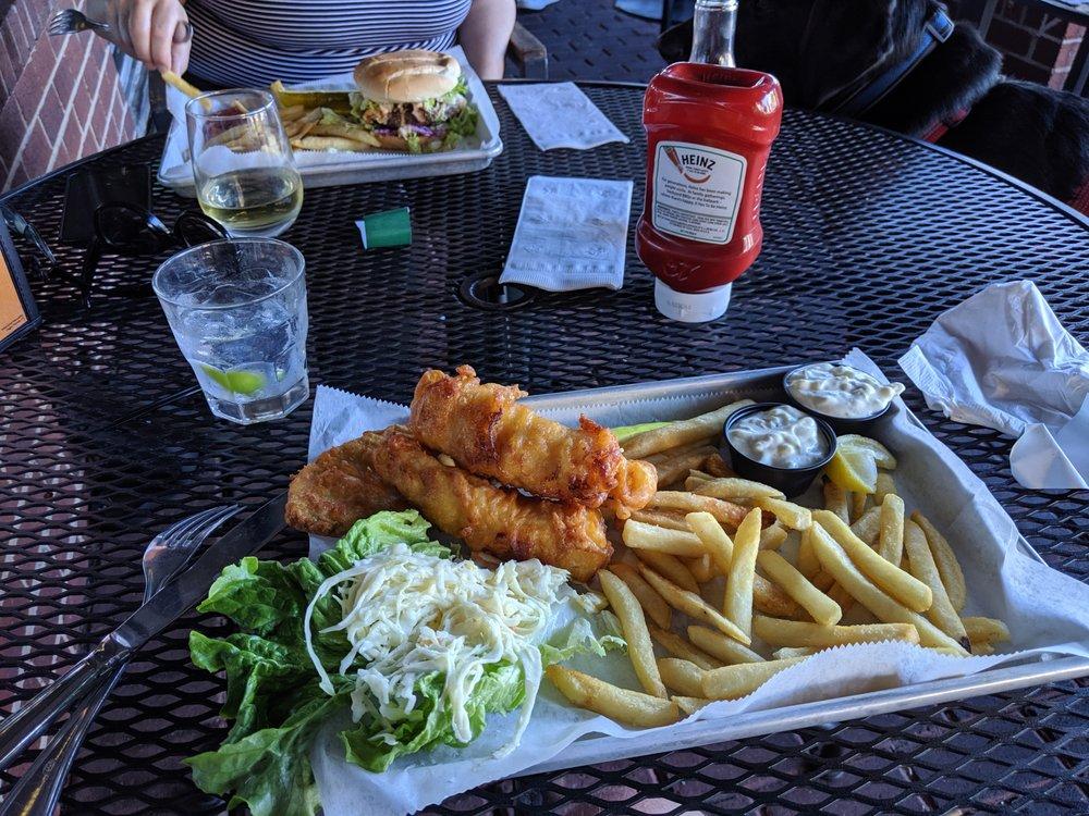 Ned Devine's Irish Bar & Restaurant: 2465 Centreville Rd, Herndon, VA
