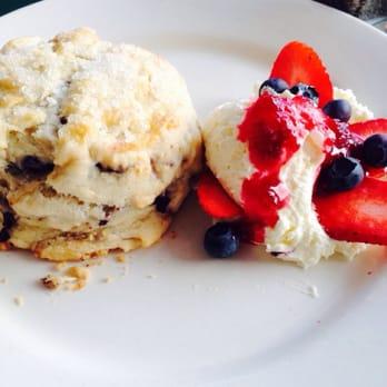 Berry Sweet Kitchen - 27 Photos - Breakfast & Brunch ...