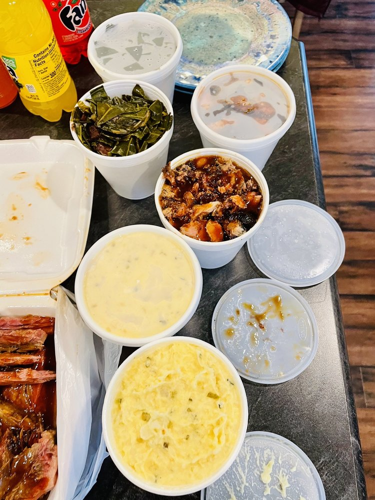 Daddy D's Southern Style Barbeque: 1243 N Goerig St, Woodland, WA