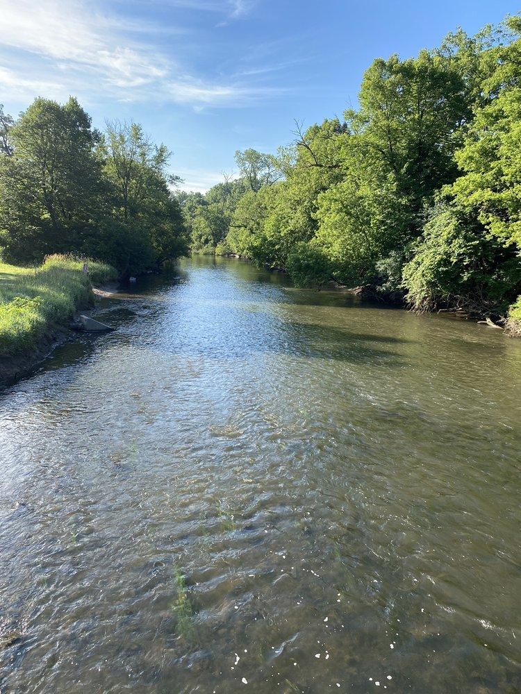 Salt Creek Greenway Trail: 10327 Elizabeth St, Westchester, IL