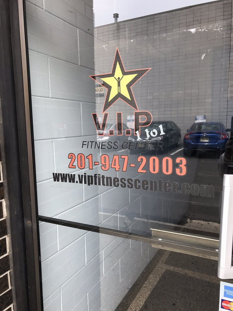 V I P 1 To 1 Fitness Center