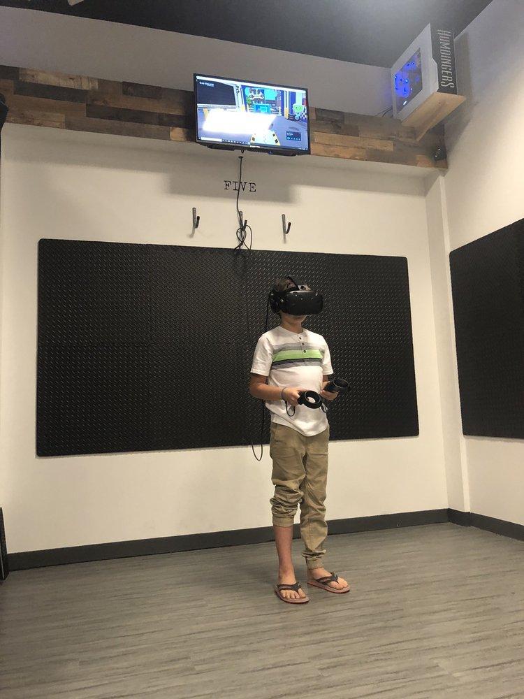 Humdingers Virtual Reality Lounge: 30500 St Hwy 181, Spanish Fort, AL