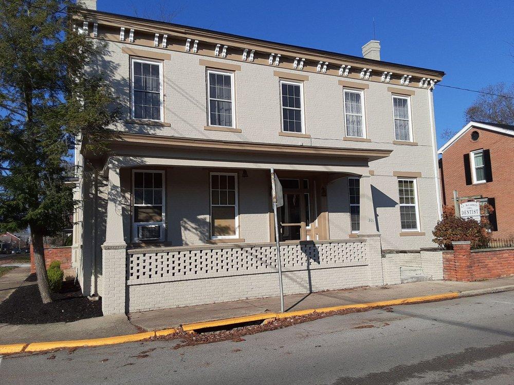 A F McCarren, DDS: 301 N Main St, Georgetown, OH