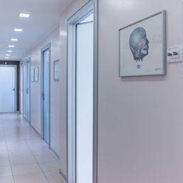 Studio Dentistico Scarabelli Oral Surgeons Via Magenta 25