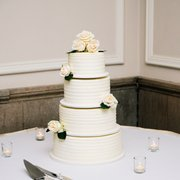 United Photo Of Ercream Wedding Cakes Desserts St Paul Saint Mn