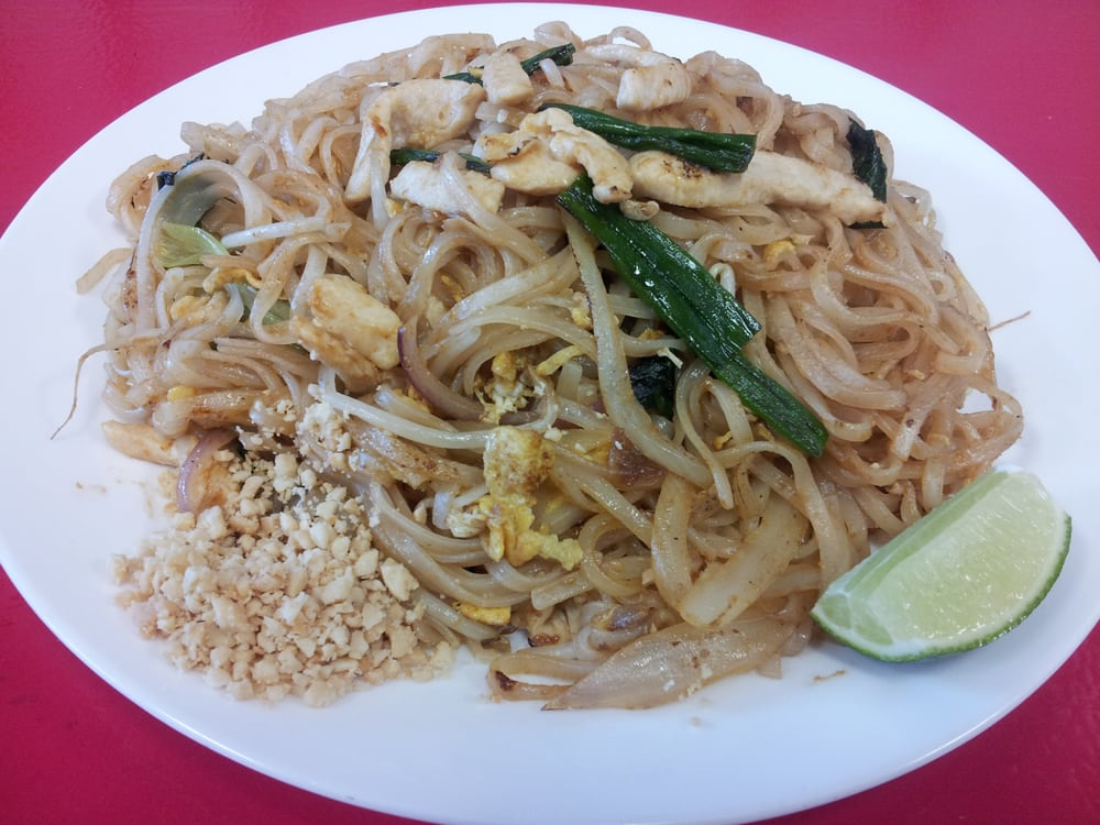 Chicken pad thai yelp for Aiyara thai cuisine temecula ca