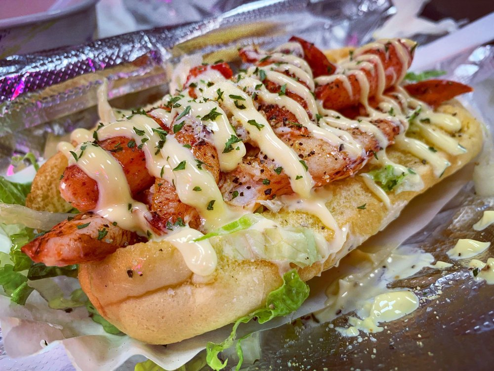 Lobster Roll Factory: 135-15 40th Rd, Flushing, NY