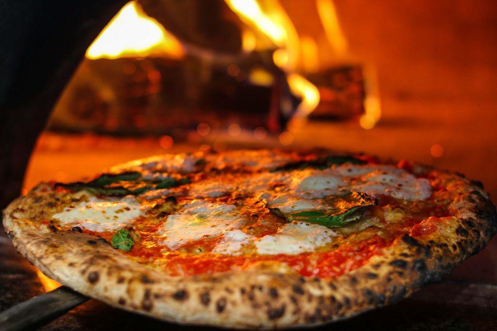 Dough Pizzeria: 5960 W Parker Rd, Plano, TX