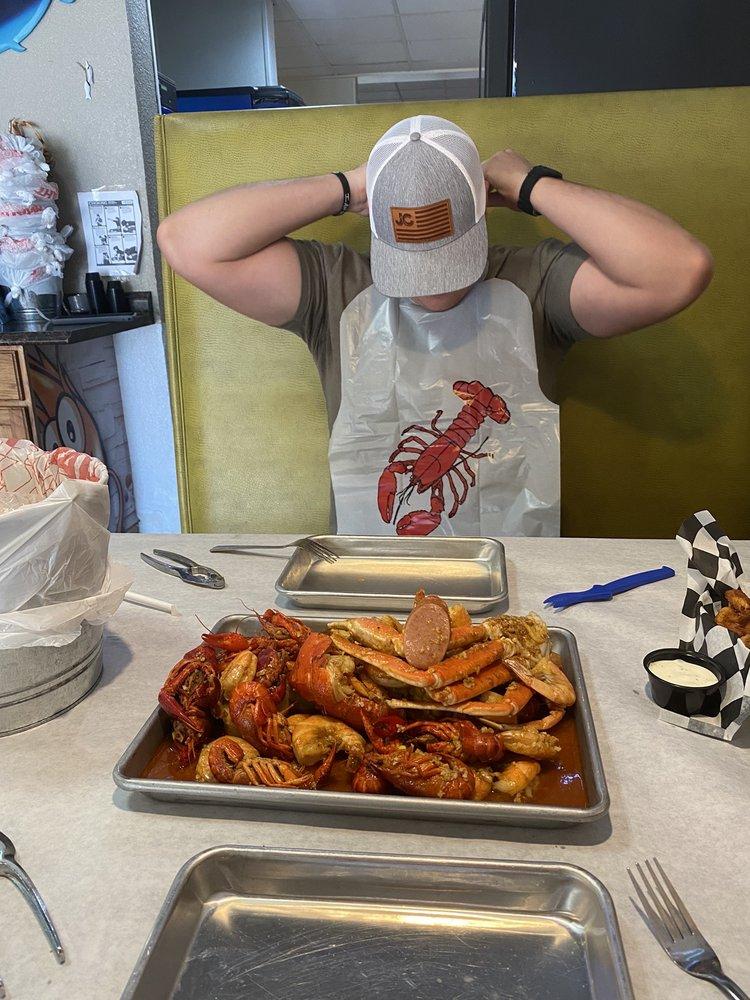 Crab Jack Cajun Seafood: 4002 S Cedar St, Pecos, TX