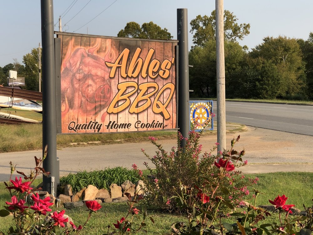 Ables Western Bar-B-Que: 800 W Main St, Antlers, OK