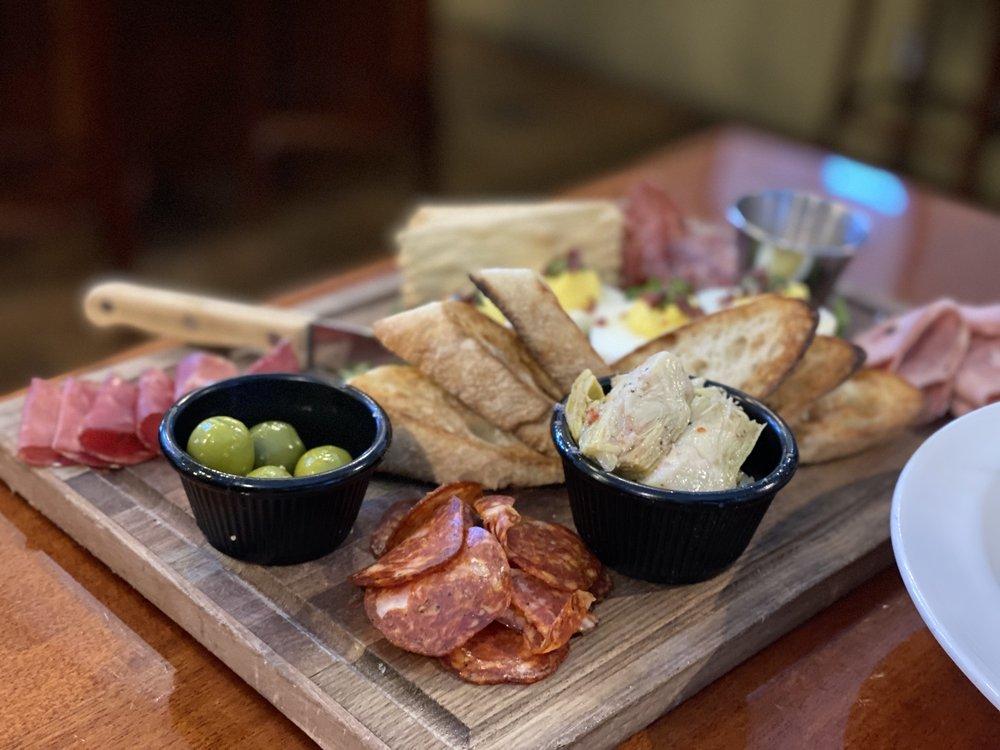 Visconti's Italian Restaurant: 636 Front St, Leavenworth, WA