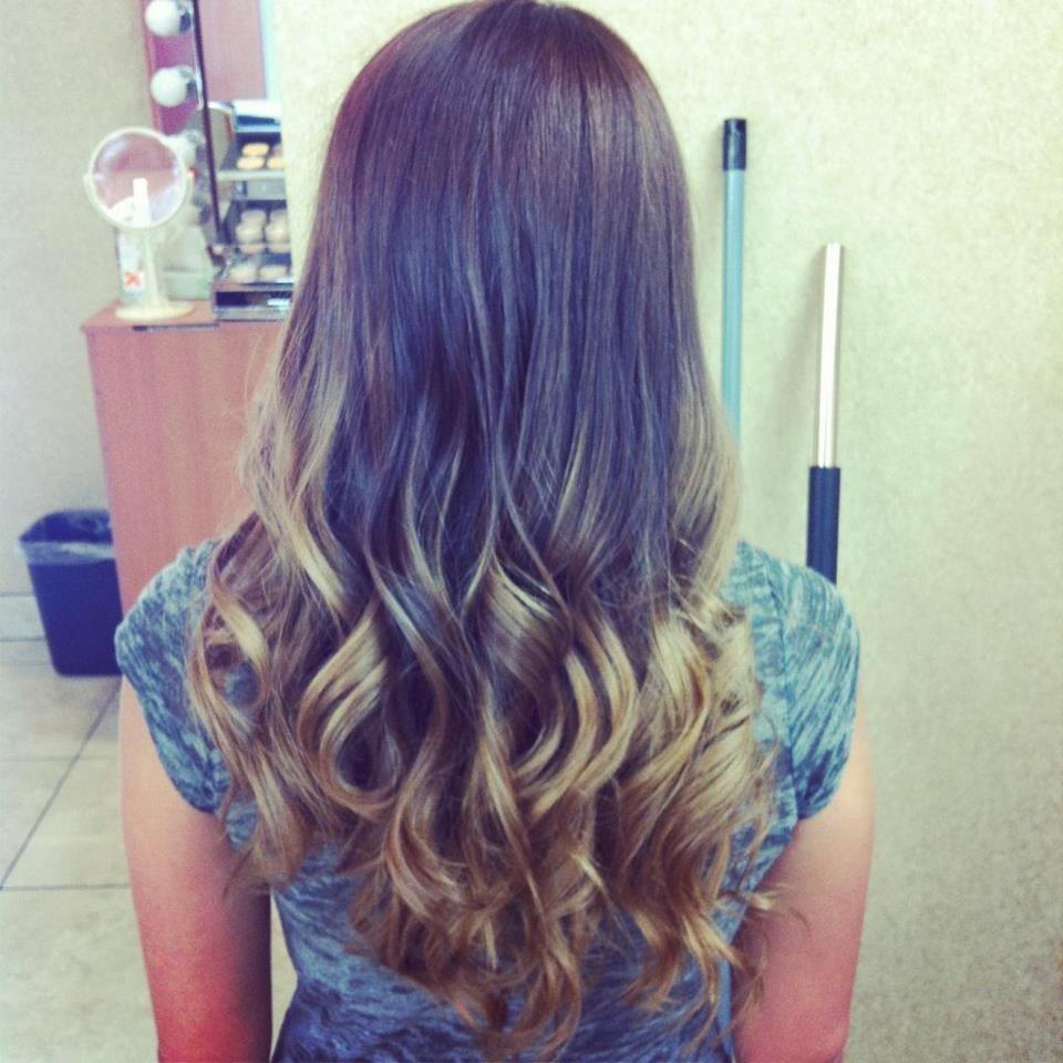 Colorific hair color salon 16 photos coiffeur salon - Salon de coiffure coloration vegetale ...