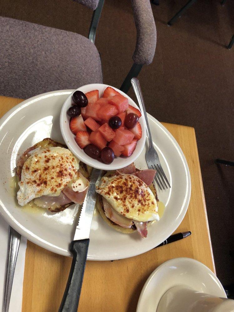 Natalie's Restaurant: 8228 State Rt 52, Hudson, FL