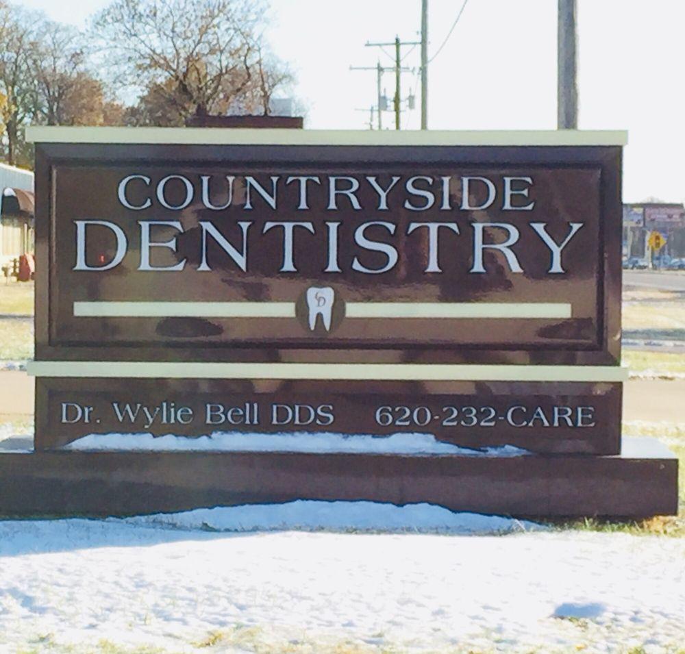 Countryside Dentistry: 1034 N Highway 69, Frontenac, KS
