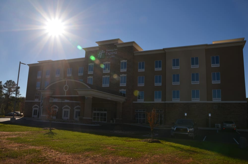 Holiday Inn Express & Suites Albany: 2713 Pointe N Blvd, Albany, GA