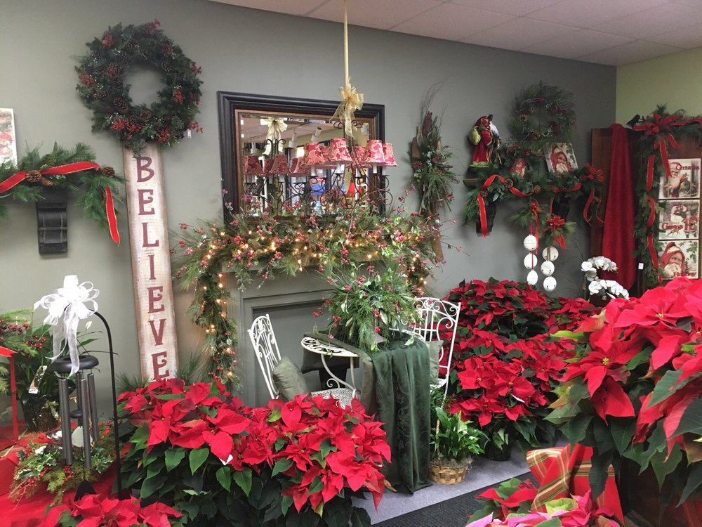 Snyder's Flowers: 505 3rd St, Beaver, PA