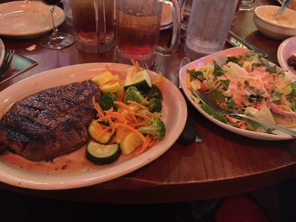 Colton's Steakhouse & Grill: 1675 N Bishop Ave, Rolla, MO